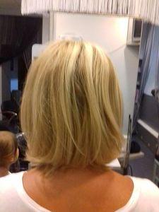 Стрижка женская модельная 2-я длина волос